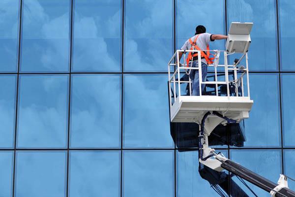 ATALIAN GLOBAL SERVICES - MOPEX D.O.O. BEOGRAD, Pranje fasade, krova