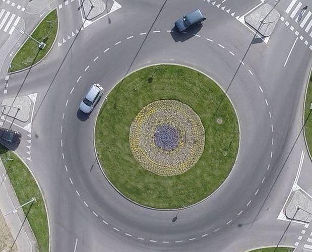 Izgradnja kružnog toka u Inđiji